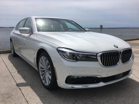 New 2018 BMW 7 Series 740e xDrive iPerformance With Navigation & AWD