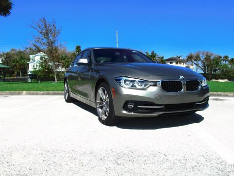 Pre-Owned 2017 BMW 3 Series 330i RWD 4dr Car